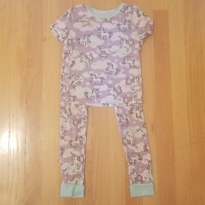 Girls 2 piece Unicorn Pajamas